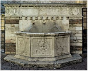 Fountain-33AD.jpg