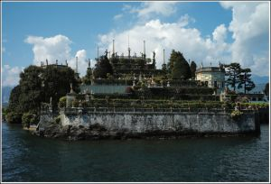 Isola-Bella-close-by.jpg
