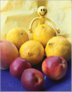 Smilie-in-the-fruitbowl.jpg