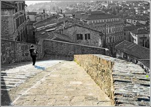 North-eastern-city-wall-Perugia.jpg